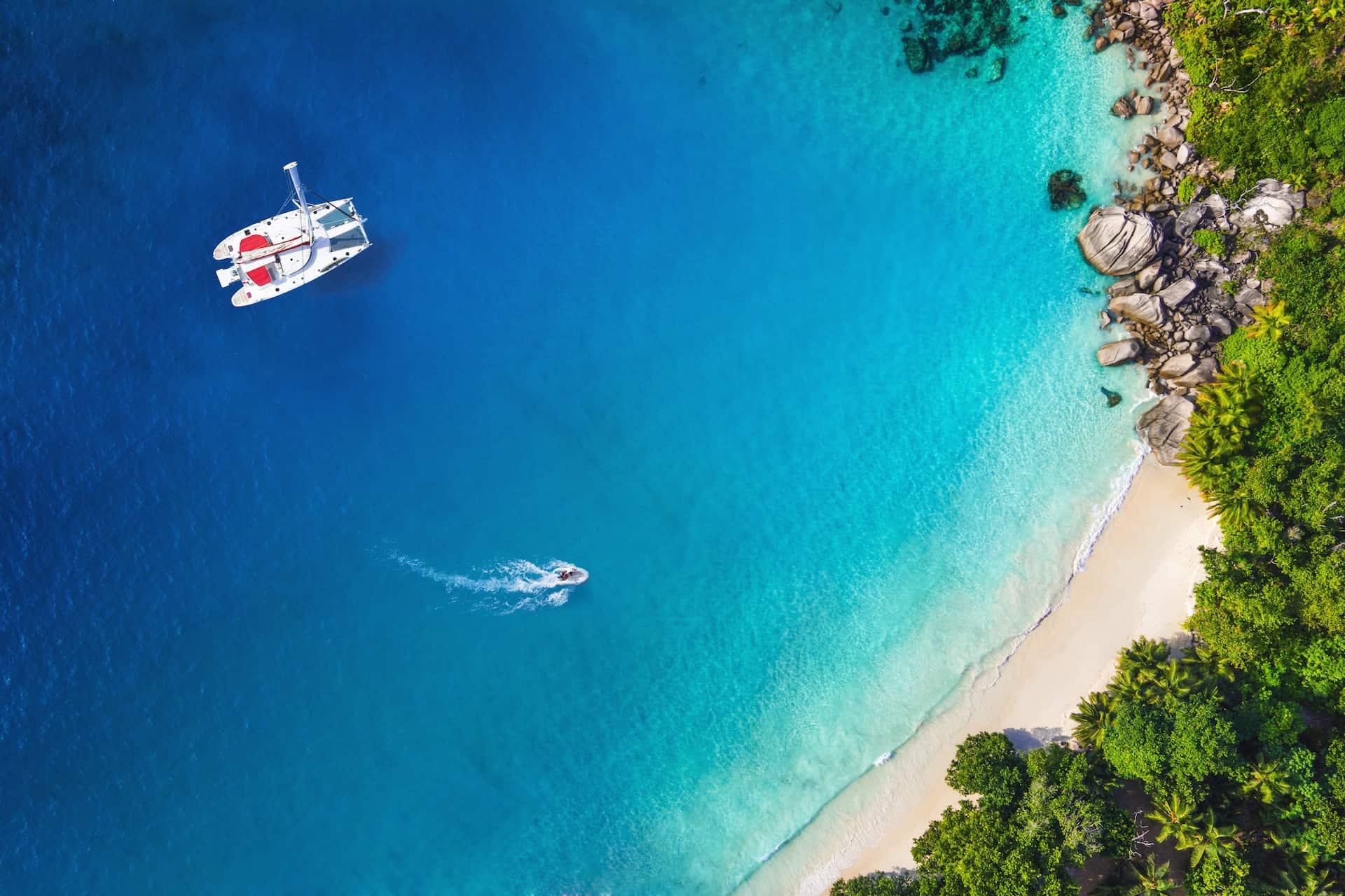 Caribbean Catamaran Crewed Yacht Charter