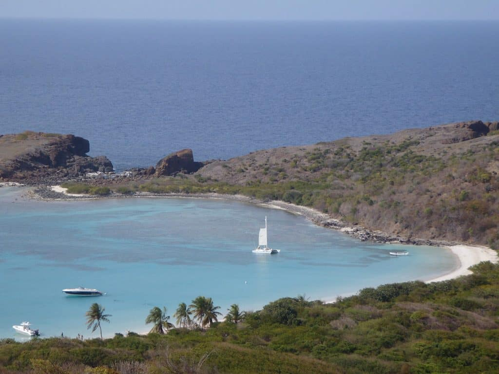 Spanish Virgin Islands Yacht Charter Playa Tortuga Culebrita