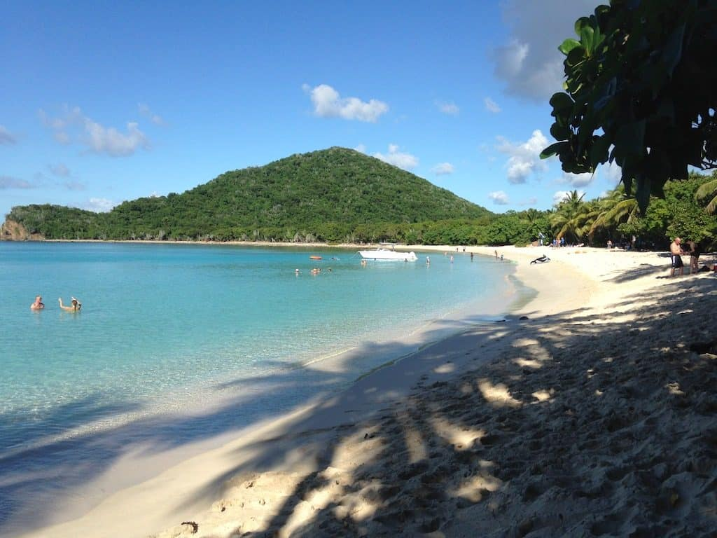 BVI Yacht Charter Smugglers Cove