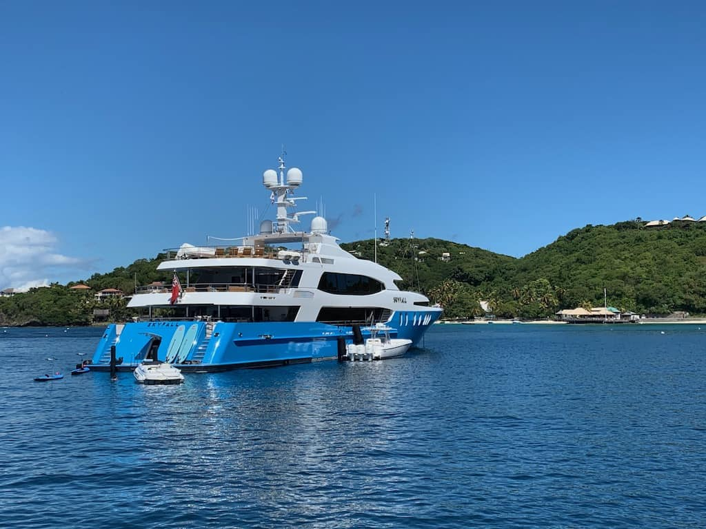 Superyachts available for Luxury Caribbean Vacations